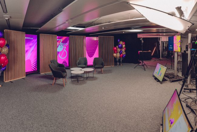 Studio33 Vallilassa on virtuaalisten tapahtumien tuotantostudio
